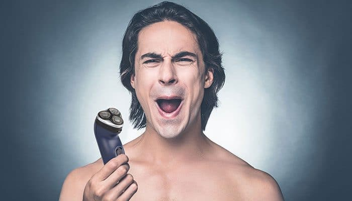 how to reduce skin irritation while using shaver