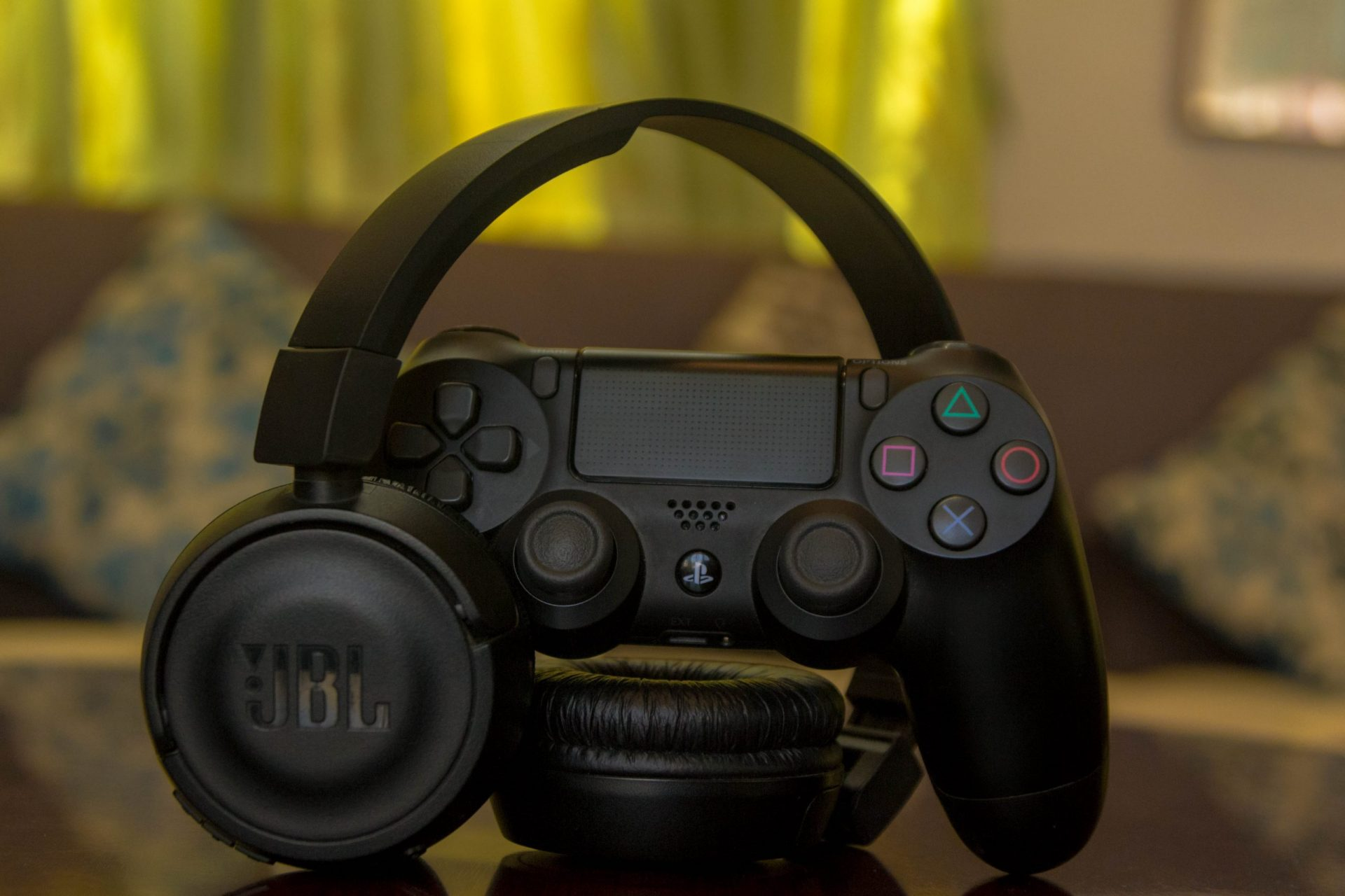 Best gaming headsets under $30